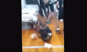 YOUTUBE Juventus, Paul Pogba cade durante festeggiamenti