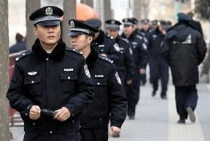 Poliziotti cinesi in arrivo nelle Chinatown a Roma e Milano