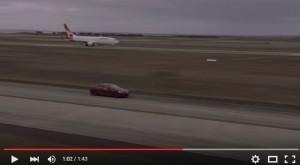 YOUTUBE Boeing Qantas contro Tesla. Vince la sfida…
