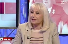 """Raffaella Carrà attacca Ciao Darwin: """"Mi scandalizza la…"""""""