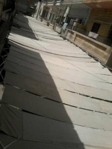 Isis, teli su strade di Raqqa per nascondere jihadisti FOTO
