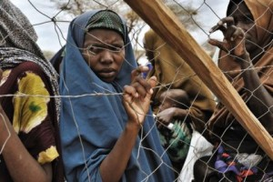 """Minaccia migranti: """"Rapporti con me per status rifugiata"""""""
