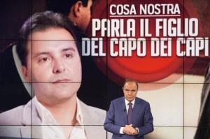 """Guarda la versione ingrandita di Salvo Riina a Bruno Vespa: """"Papà non lo dovevano arrestare"""""""