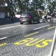 Roma, bus perde olio per 1 km13
