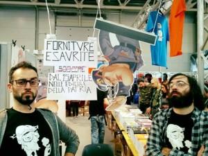 YOUTUBE Romics, raid CasaPound contro fumetti su Mussolini