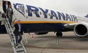 "Ryanair: ""Giù tassa aeroportuale o tagliamo voli in Italia"""