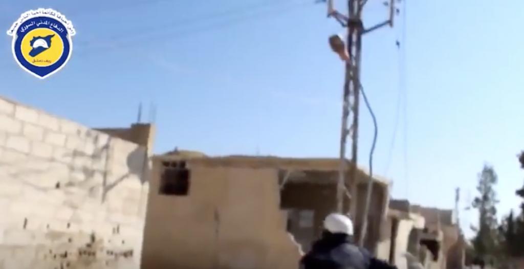 YOUTUBE Siria, volontario eroe salva civili e viene ucciso 6