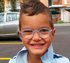 """""""Mamma ho mal di testa"""". Sebastiano morto a 5 anni"""