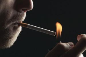 Udine, accende sigaretta accanto alla trielina: ustionato
