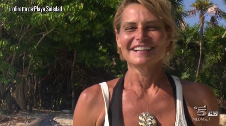 Isola dei Famosi, Simona Ventura: il giallo della ricrescita