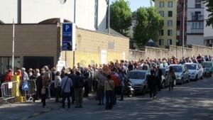 Coop, la lunga fila dei soci a Trieste FOTO