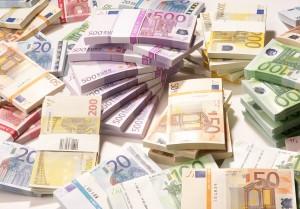 Innamorato le dà 100mila euro, lei sparisce lui si suicida