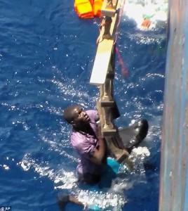 Guarda la versione ingrandita di Migranti: 400 somali diretti in Italia annegati in Egitto