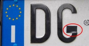 Truffa della targa: prima di pagare multa controllate che...