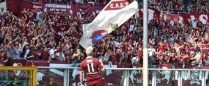 Guarda la versione ingrandita di Torino's Maxi Lopez jubilates after scoring the goal during the Italian Serie A soccer match Torino FC vs Atalanta BC at Olimpico stadium in Turin, Italy, 10 April 2016. ANSA/ANDREA DI MARCO
