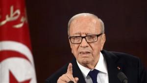 """Tunisia, presidente: """"Isis sta pianificando attacchi terra"""""""