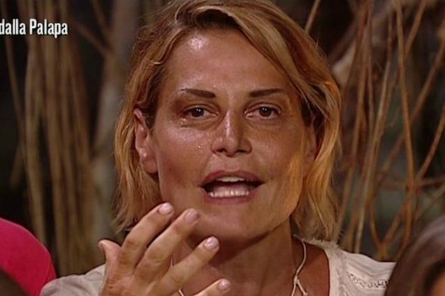 Isola, Simona Ventura sfogo: Mia figlia mi ha visto e...