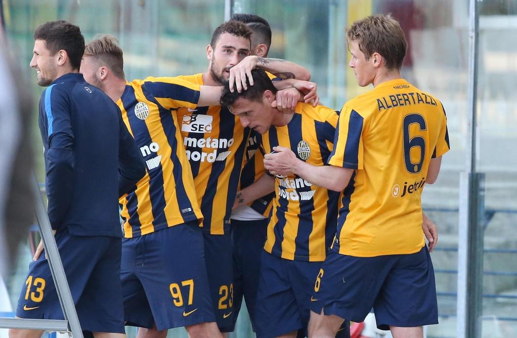 Verona retrocesso in Serie B dopo vittoria Carpi con Empoli