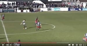 YouTube, Inghilterra: gol da centrocampo al 94' di Harvey3