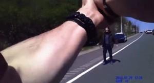 YouTube: bodycam su poliziotto che spara a un uomo