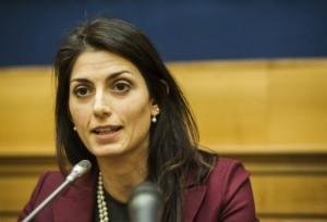 Virginia Raggi nell'azienda legata a Gianni Alemanno