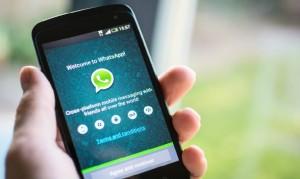 Whatsapp, la truffa dei finti buoni sconto di abbigliamento