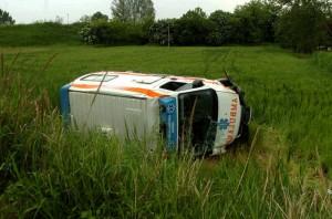 Ravenna, paziente ruba ambulanza e si ribalta: era in Tso