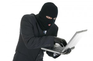 Truffa online, smantellata organizzazione: 49 siti fake...