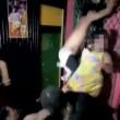 Aggressione a ragazza in discoteca: svestita, picchiata...02