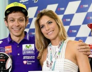 Mugello, Valentino Rossi e Eleonora Pedron. Dopo foto lui...