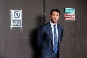 Fabrizio Corona fermato a Napoli, amico aveva patente scaduta