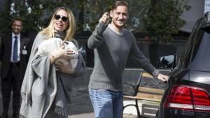 Francesco Totti-Ilary Blasi saranno conduttori su Rai1?