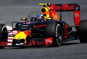 Formula 1 GP Spagna: vince Verstappen, più giovane di sempre