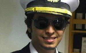 Guarda la versione ingrandita di Ali Alosaimi, ufficiale Marina Gb in Siria con Isis? Sos...