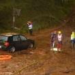 Ambulanza con sirene accese travolta da fiume fango4