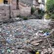 Cambogia, fiume ricoperto di rifiuti: VIDEO drone3