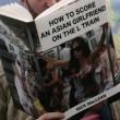 Copertine libri imbarazzanti, lo scherzo in metro4