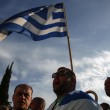 Grecia taglia pensioni, scontri FOTO austerity per aiuti 2