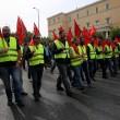 Grecia taglia pensioni, scontri FOTO austerity per aiuti 5