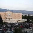 Grecia taglia pensioni, scontri FOTO austerity per aiuti 4