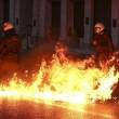 Grecia taglia pensioni, scontri FOTO austerity per aiuti 12