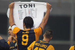 YouTube. Luca Toni dice addio al calcio: video gol più belli_7
