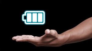"""Auto e smartphone """"a lunga durata"""" con batterie litio-aria"""