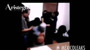 Guarda la versione ingrandita di YOUTUBE Messico, detenuto interrogato con sacchetto in testa