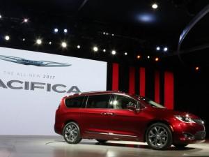 Auto senza guidatore: accordo Fiat Chrisler-Google