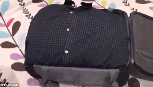 Piegare 25 abiti in un bagaglio a mano, ecco come
