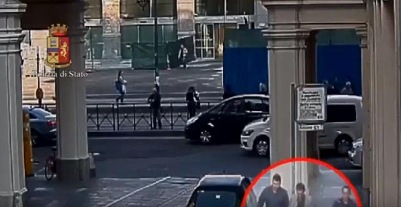 Portafoglio in borsa, tre turiste rapinate a Torino