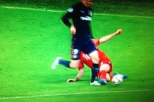Bayern-Atletico, video: Fernando Torres, rigore inesistente