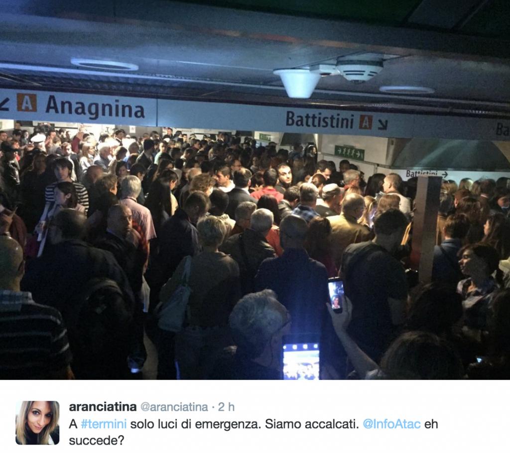 Roma, black out alla stazione Termini della metro A FOT5