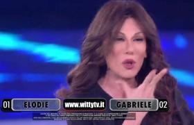 "YOUTUBE Virginia Raffaele ad Anna Oxa: ""Grazie per non…"""